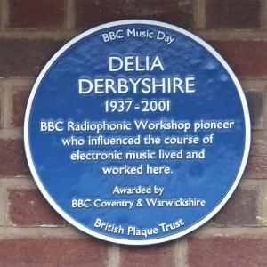 A blue plaque at 104 Cedars Avenue, Coventry marking the home where Delia Derbyshire lived and worked.